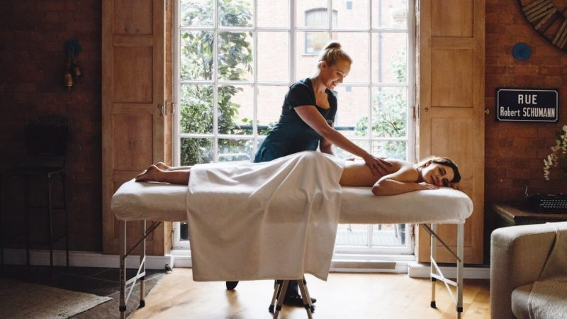 WIN a Couples Massage in London and Buckinghamshire