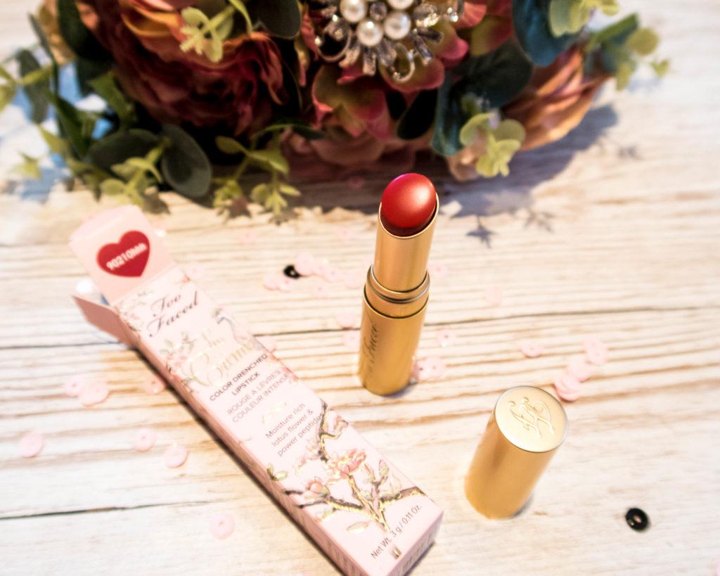 La Crème Moisturizing Lipstick in 9021Ohhh