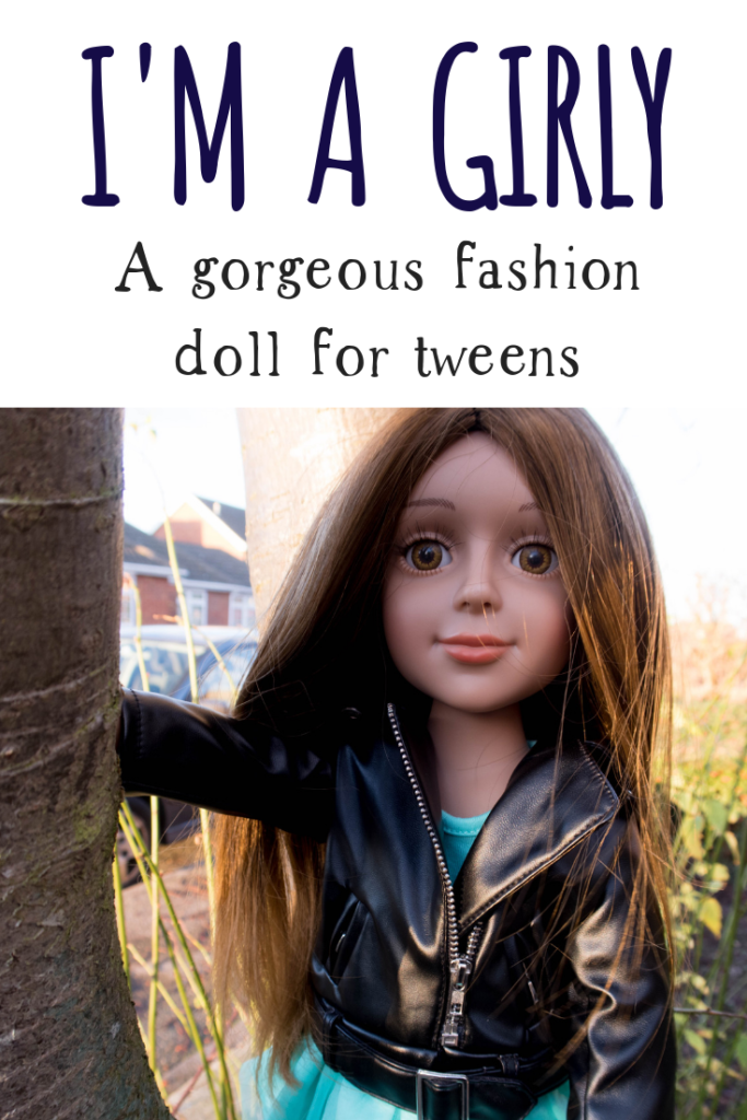 The I'M A GIRLY fashion doll range is designed to give older children and pre-teens a creative fashion and style outlet. #dolls #lifelikedoll #dollfortweens #tweens