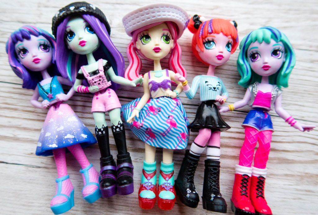 Off The Hook Style Dolls all in a row