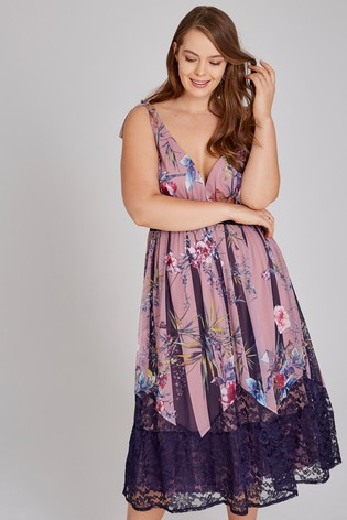 plus size wedding guest oufits
