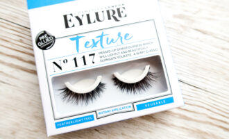 Eylure lashes texture no 117 in the packed. A think, wispy set of lashes
