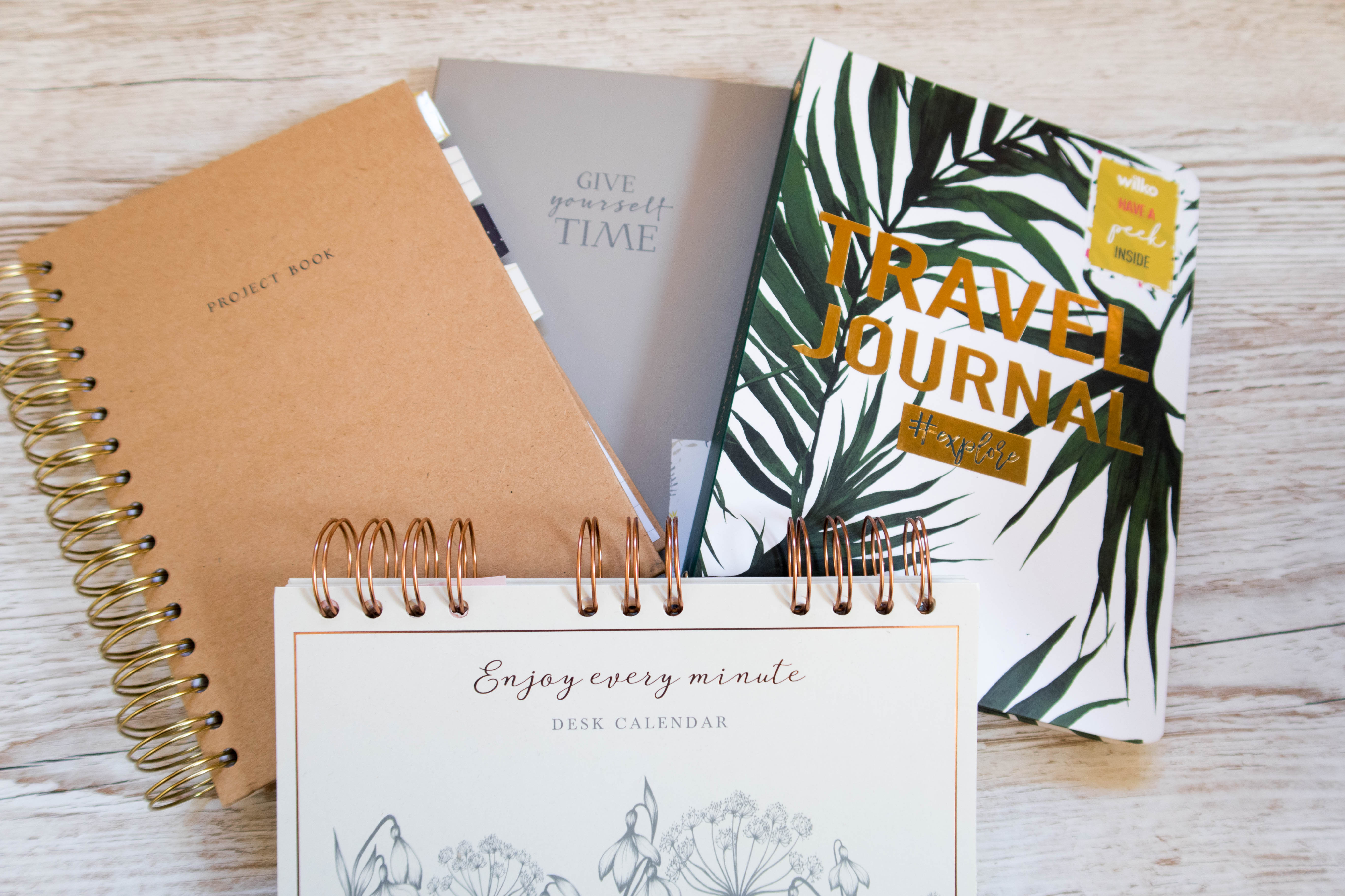 Gorgeous Stationery for Students: Various notebooks, travel journal, happiness journal, desk calendar
