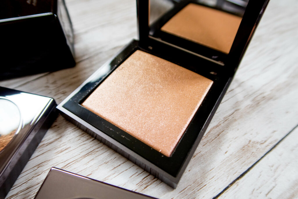 Topshop illuminator Topshop makeup review